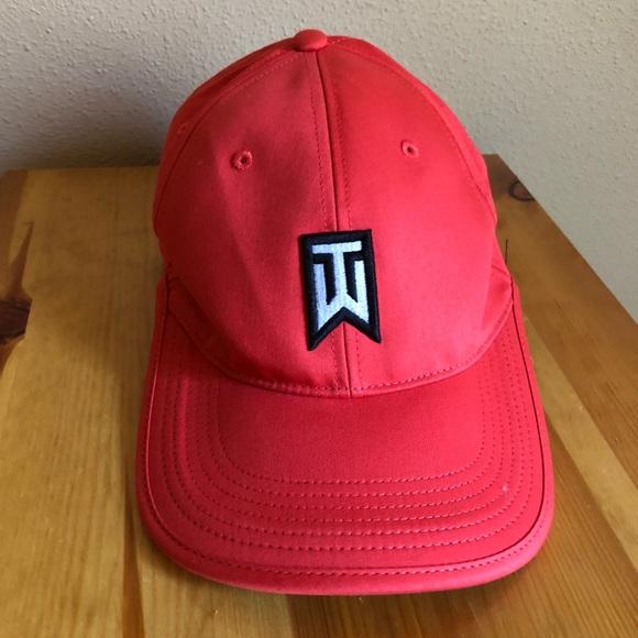 6749e10bbe9 Tiger Woods golf hat. M 5ad0fbe23a112efb2ecb7825